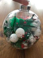 Cherche et trouve dans une boule de Noel-5