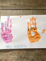 Des bricolages avec les mains-5