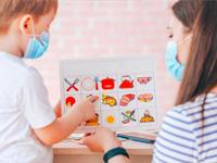 Image-Trucs-pour-communiquer-avec es enfants malgré le port du masque