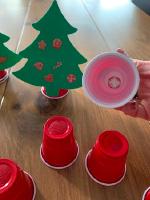 Petits sapins aux decorations empilables-8