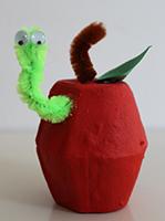 Pomme avec vers