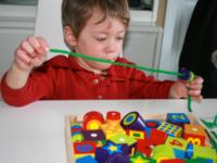 Test de jouet-Perles à enfiler-2