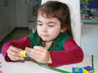 Test de jouet-Perles à enfiler-3
