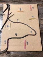 Un jeu d'enfilage simple à construire soi-même-3