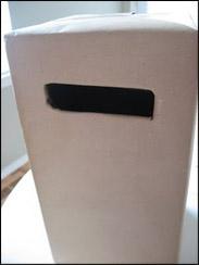 Découpez le papier à l'endroit où se trouve la fente.
