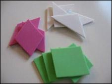 Découpez différentes formes dans le Fun Foam.