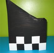 Alternez les couleurs pour créer un motif de drapeau à damier en débutant par le bas.
