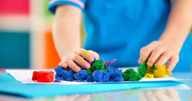 Désinfection de la pâte à modeler, santé et hygiène enfants. | Educatout