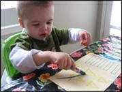 Invitez les enfants à colorier les garnitures.