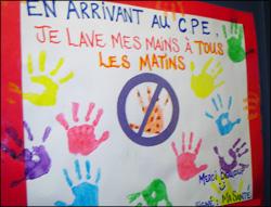 Affiche fabriquée par les enfants et les éducatrices