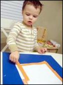 5. Ajoutez des morceaux de papier pour faire un cadre.